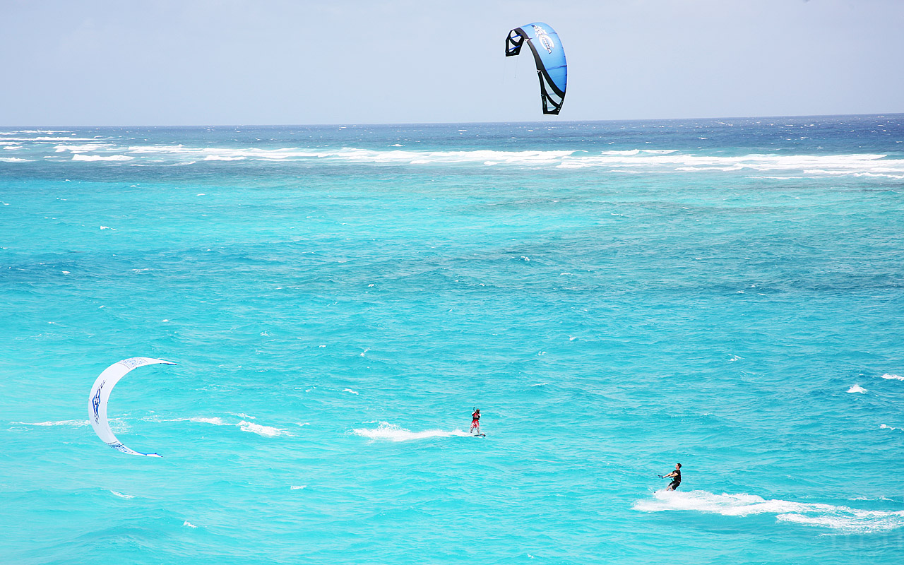 Best Kitesurfing in Mallorca, Spain