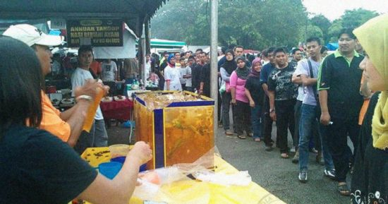 [Test] 7 Hacks Every Malaysian Should Know When Buying Food at a Bazaar Ramadan - WORLD OF BUZZ 12