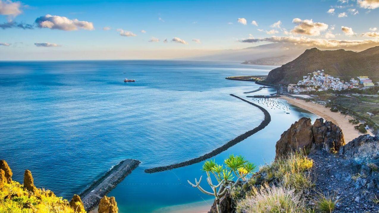 Canary islands min