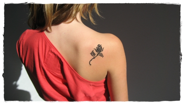 35 Flower Tattoos And What They Mean
