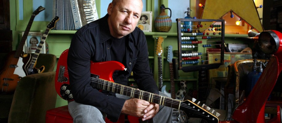 Top 25 van 2015: 21 Mark Knopfler – Tracker