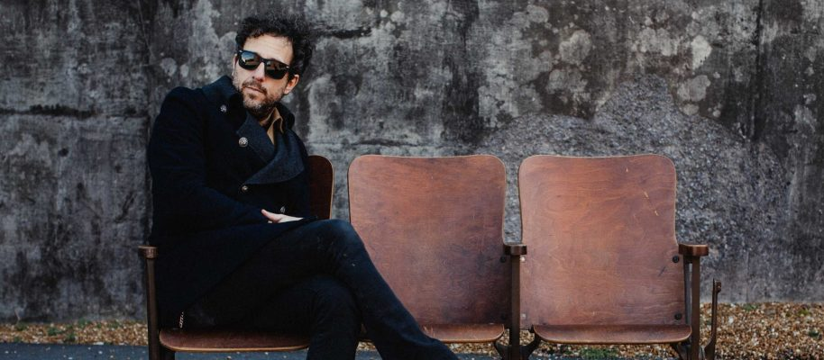 Real Roots Cafe: Will Hoge – Tiny Little Movies