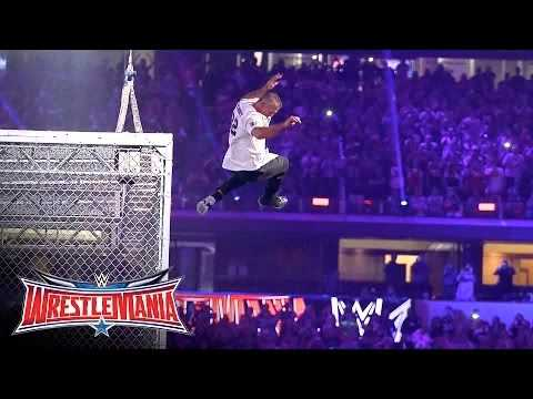 Shane Mcmanhon jumping from the cell onto the undertaker at wrestlemania 32 posted on worldoftrash.co.uk