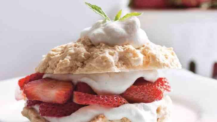 Vegan Strawberry Shortcakes