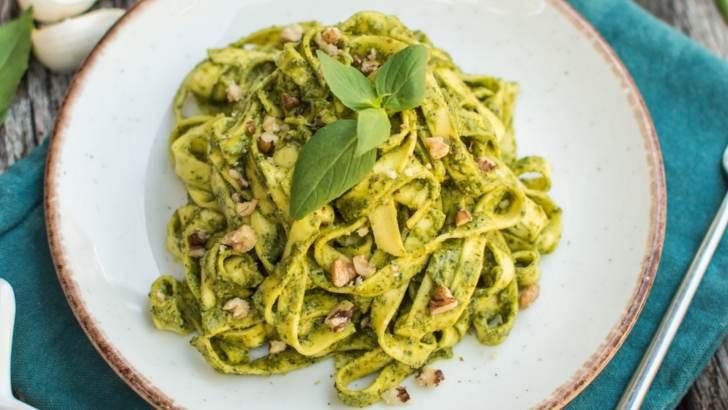 Walnut Pesto Pasta