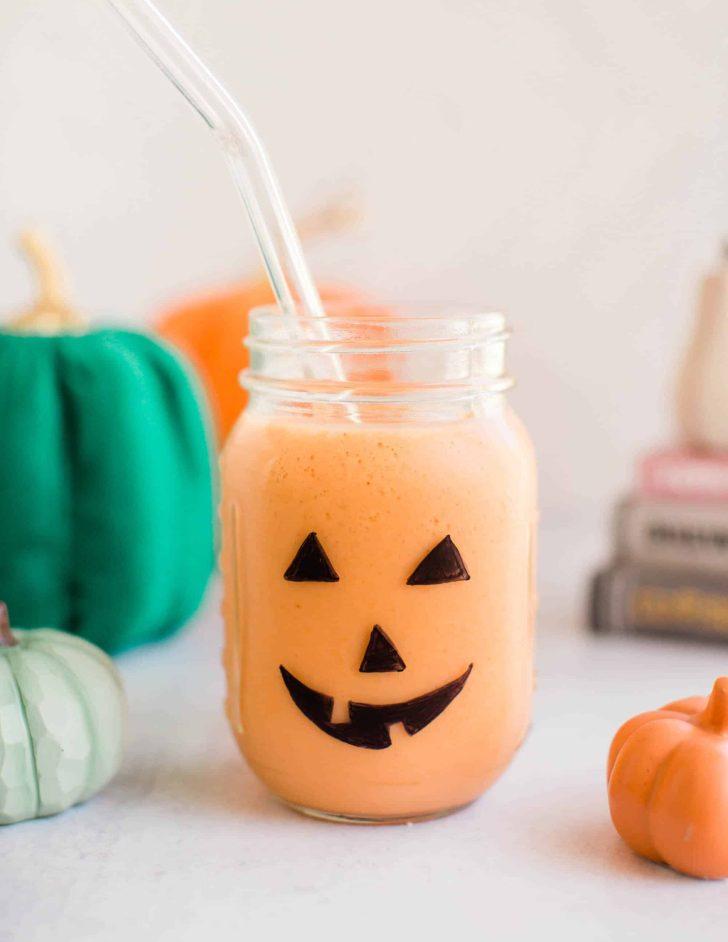 Vegan Pumpkin Halloween Smoothie