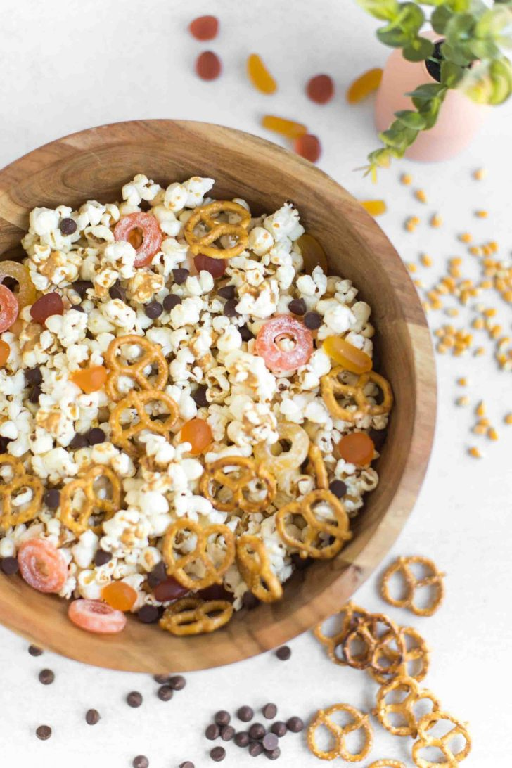Vegan Halloween Recipe Peanut Butter Popcorn With Chocolate Chips and Candy