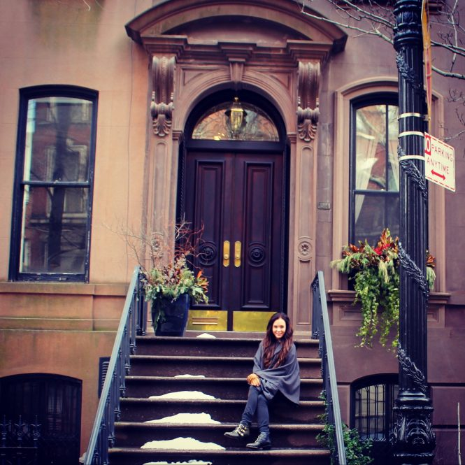 Carrie Bradshaw Apartment Address: Carrie Bradshaw39s Front Stoop Features Prominently In