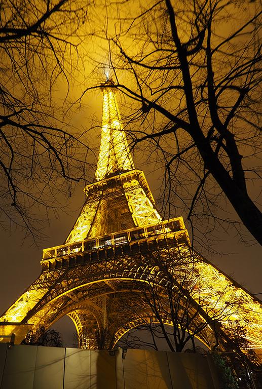 12 Tour Eiffel noche