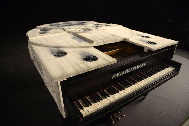 Millennium Falcon Piano