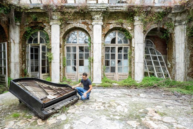 Romain Thiery with abandoned piano