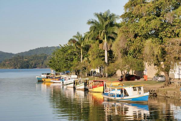 Paraty Boats Rive