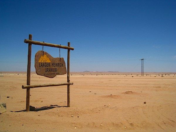 uranium)mine.jpg