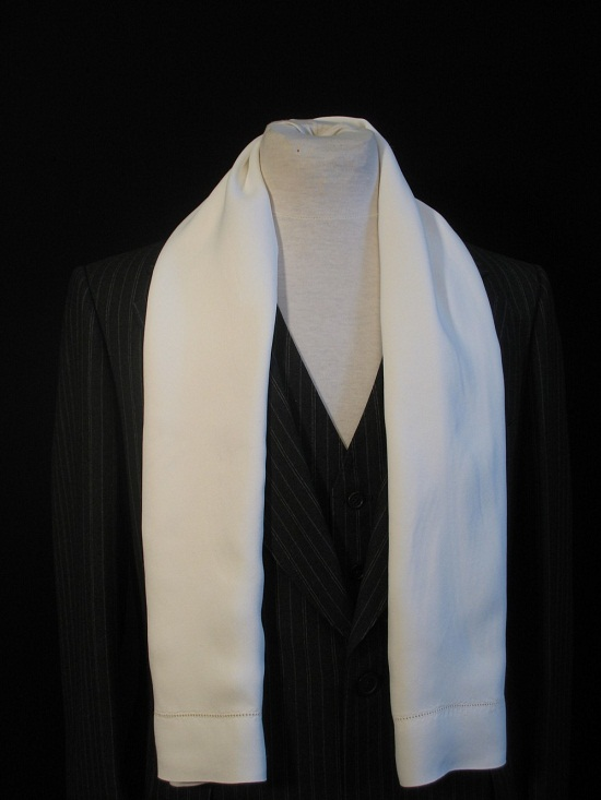 And White Black 389 Cashmere Scarf