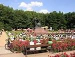 Łazienki-Koncert in a Polish park
