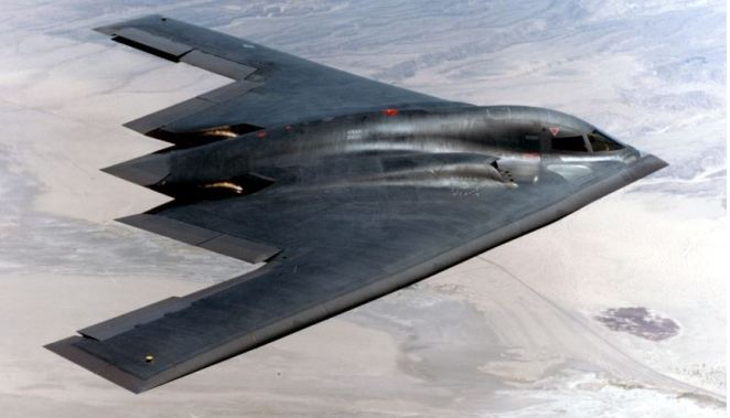 b-2-spirit-top-10-most-expensive-military-airplanes-2017
