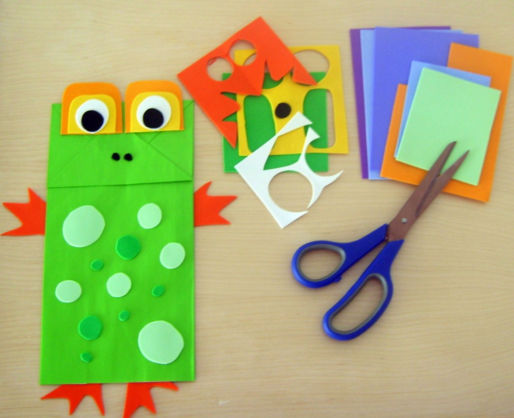 Create paper frog puppets easy DIY craft ideas