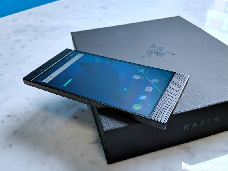 Razer Smartphone For Gamers - Razer un boxing, features and reviews