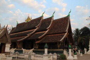 Wat Xieng Thong exquisite architecture