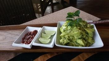 Fusion avocado salad
