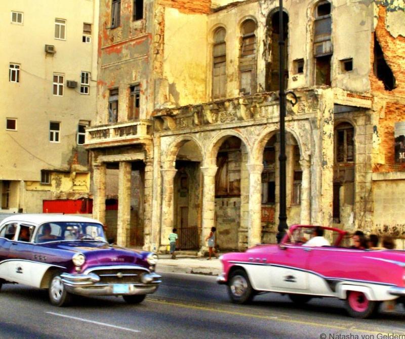 Havana cuba - classic cars on the Malecon