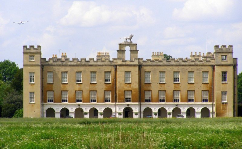 London: Thames Towpath walk - Syon House