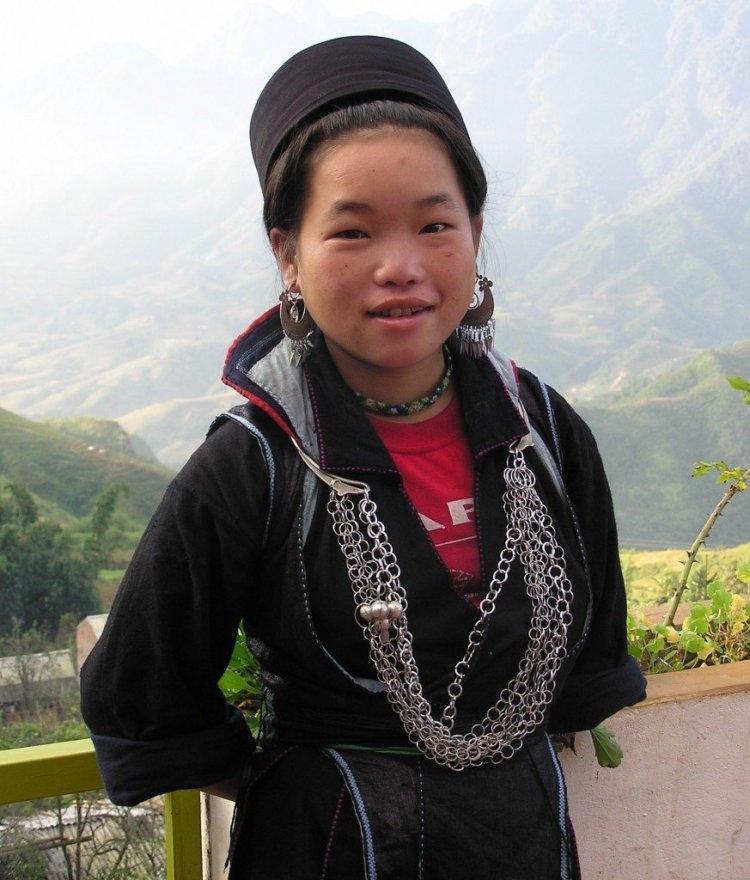 Vu in her Black Hmong finery, Sa Pa, Vietnam