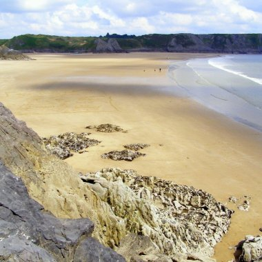 Three-Cliffs-Bay-Gower-Peninsula-Wales