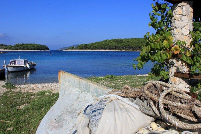 Pakleni Islands in Croatia-001