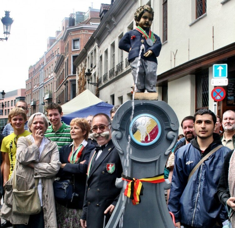 Mannequin Pis on the move at the Belgian Beer Weekend Brussels