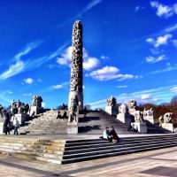 Wandering the Vigeland sculpture park in Oslo