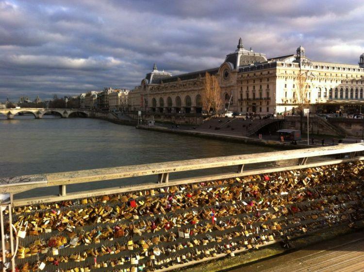 Paris lovelocks Pont des Arts