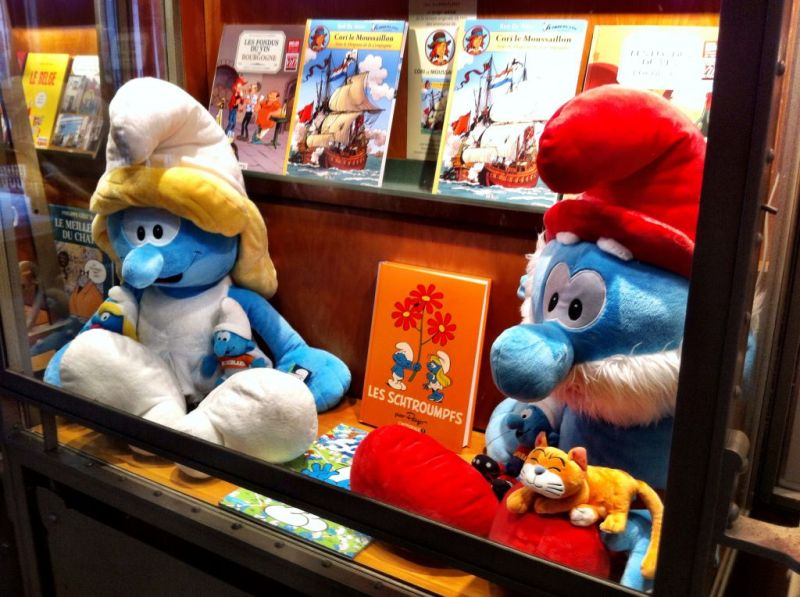 Les Schrompfs - the Smurfs at the Brussels Comic Arts Museum