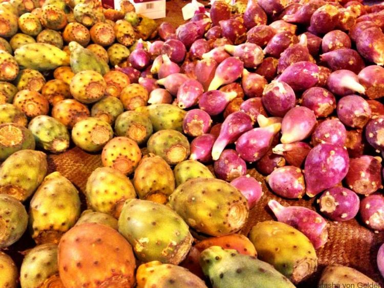 prickly-pear-fruit-in-marrakech