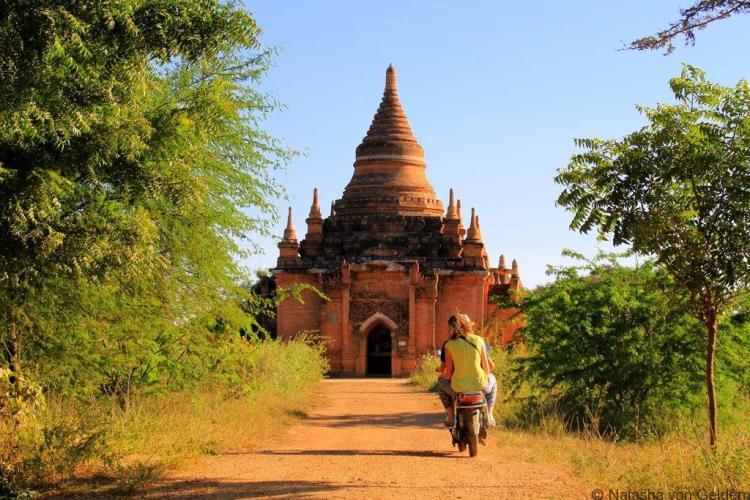Touring Bagan Myanmar