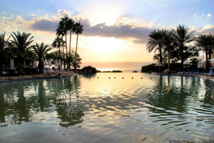Movenpick Dead Sea Spa and Resort Jordan pool sunset