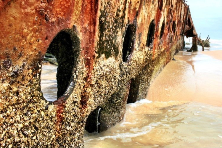 Maheno shipwreck on Fraser Island Queensland Australia