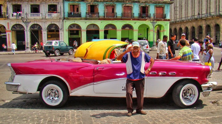 Vintage Classic car Cuba