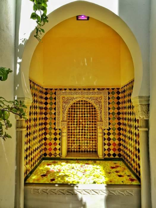 One day in Cordoba Casa Andalusi fountain