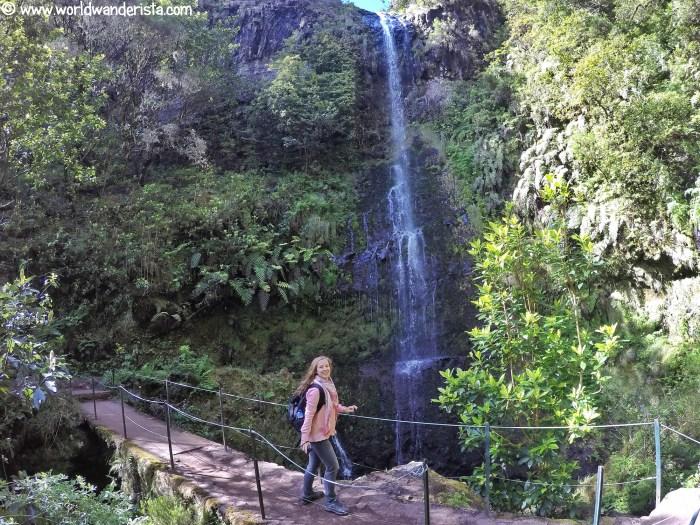 hiking Caldeirao Verde Madeira