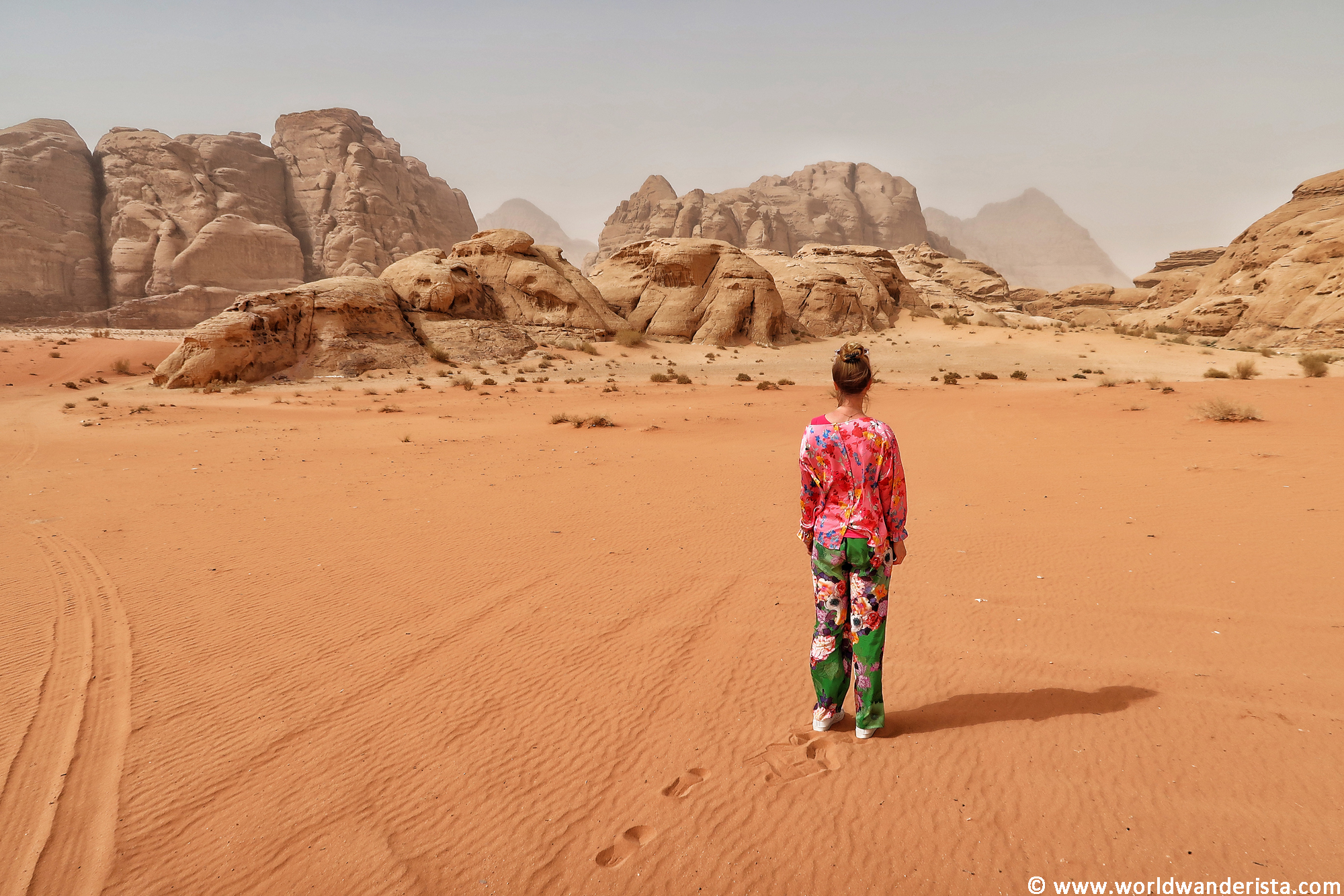 The best Wadi Rum experience: camping & jeep tour with the