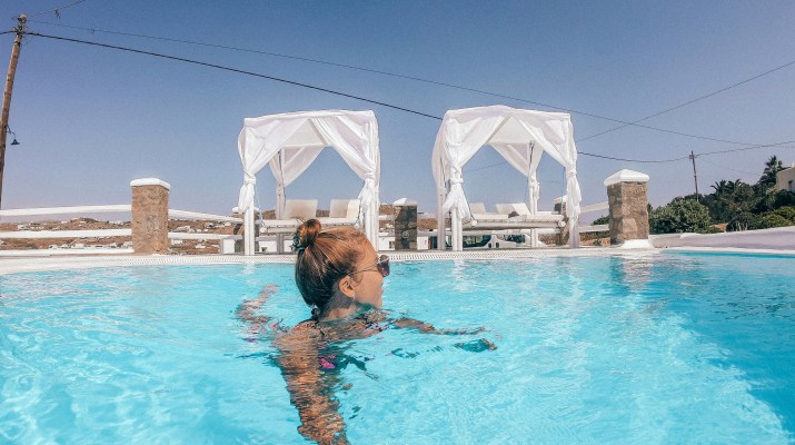 mykonos on a budget where to stay