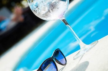Pool safety tips every parent should know