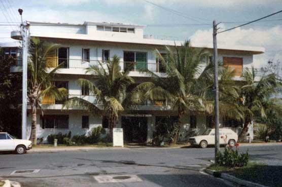 Anse Vata Motels