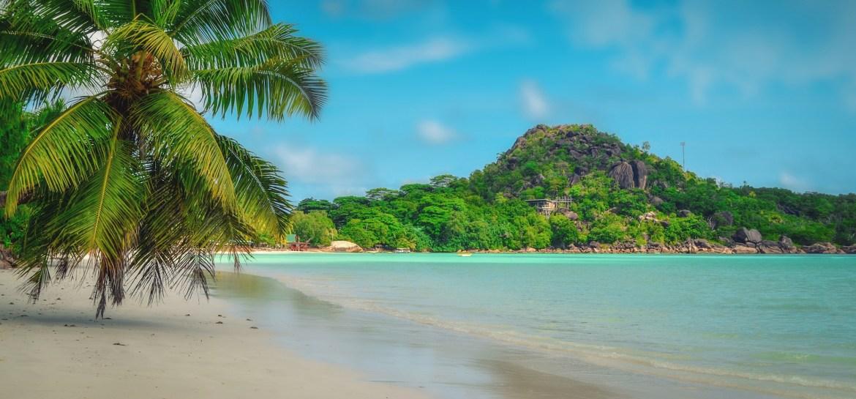 praslin-saychelles-beach