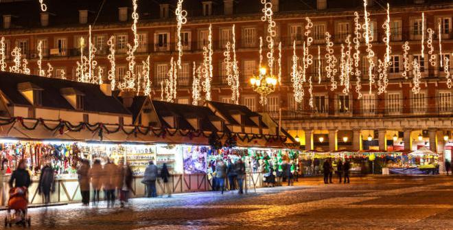 Kerstmarkt op Plaza Mayor, Madrid