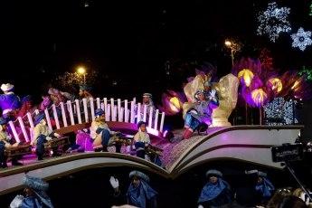 Los Reyes Magos - de optocht van de drie koningen in Barcelona. Dit is een van de vele tradities met kerstmis in Spanje.