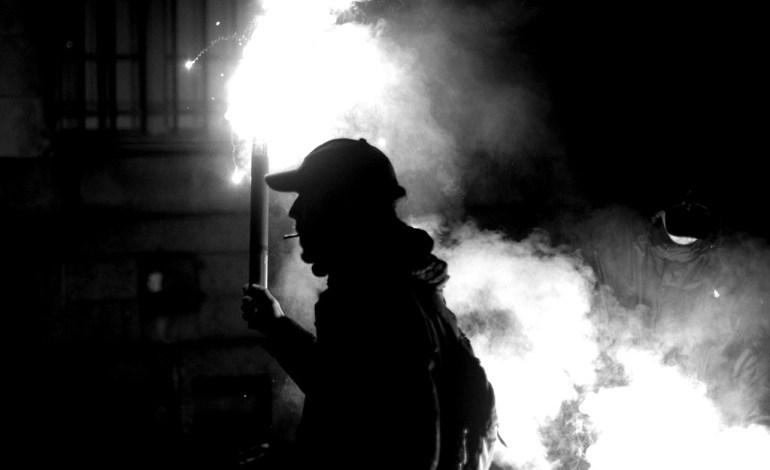 13 Mars 2016: Fumigène dans les rues.© Jérémie Verchere/Wostok Press