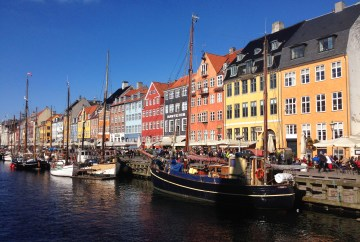Nyhavn | Travel guide to visit Copenhagen, Denmark