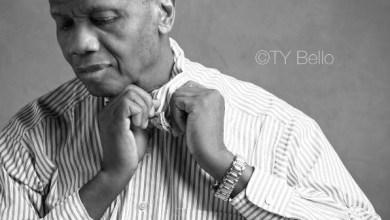 Photo of RCCG's Pastor Adeboye Poses For TY Bello's Camera